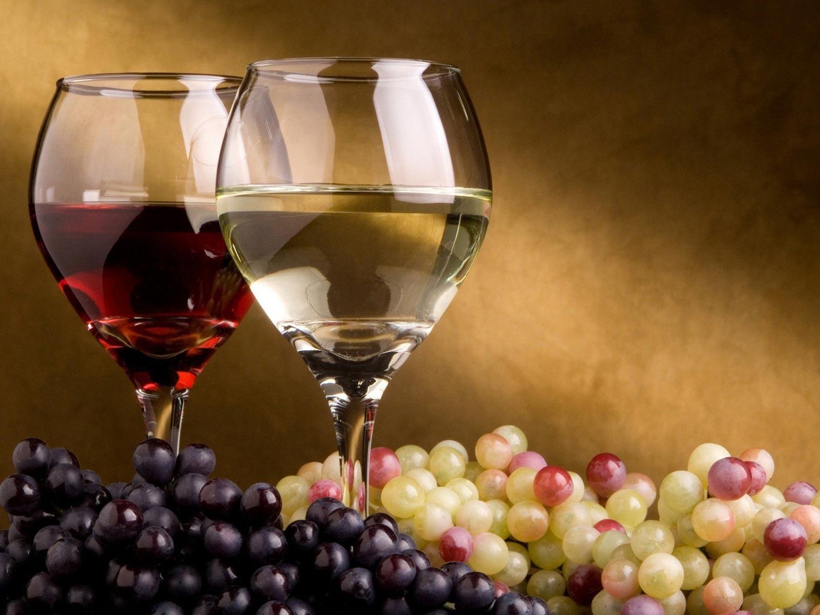 kvalitné víno z tokajskej vinohradníckej oblasti